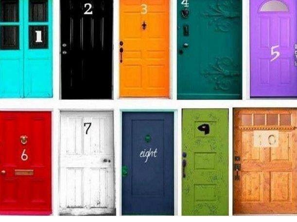Imagina que al final de tu vida tienes que cruzar alguna de estas puertas.<br />¿cuál elegirías cruzar?<br />Escoge la primera que se te ocurra y lee el significado que corresponda.